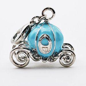 3/$19 Dinsey Cinderellas Carriage 3-D Blue Charm